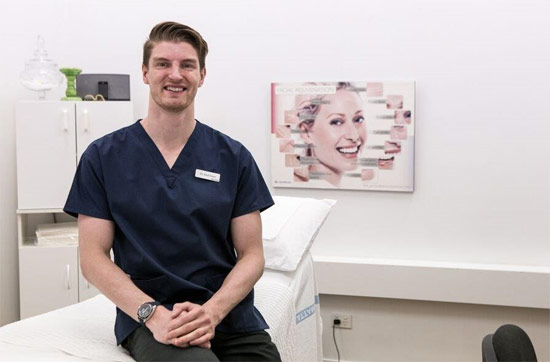 Dr. Axell will be at the Laserskin Specialist for the last time before Xmas